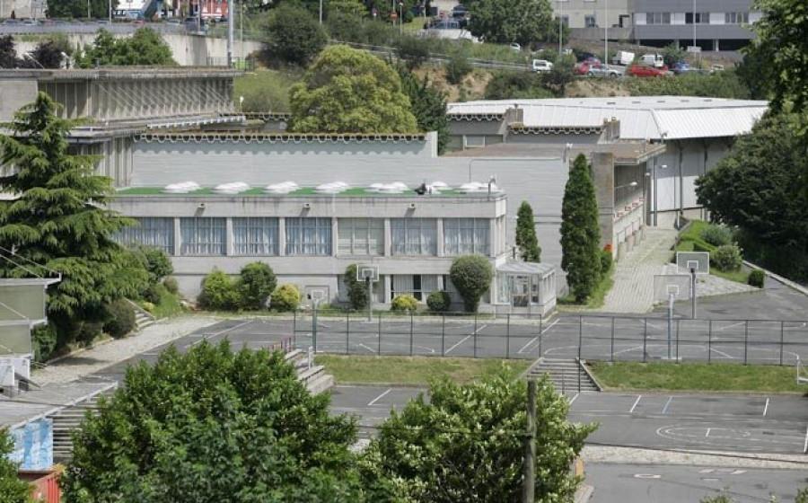 Un Positivo Obliga A Confinar Un Aula De Infantil En El Santa María Del Mar De A Coruña