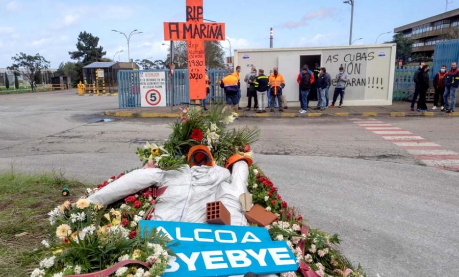 "Feijóo afirma que pedirá al Gobierno intervenir Alcoa si cierra de ""mala fe"""